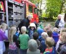 Feuerwehrhelme wurden ausprobiert.